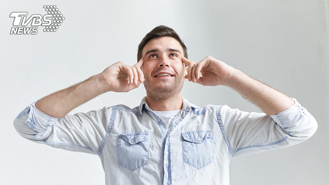 示意圖/TVBS 鼻吸劑插著好方便? 醫警告「恐嗅覺衰弱」