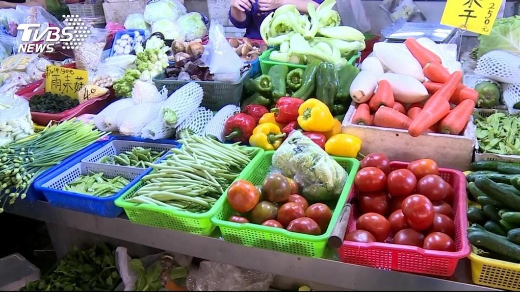 圖/TVBS 台北果菜市場 蔬菜批發價略漲