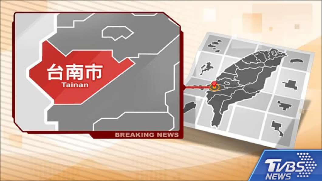 圖/TVBS 台南急水溪沙灘首見豬屍 現場封鎖檢驗