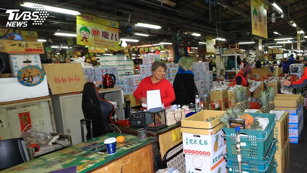 圖/中央社 休市衝擊菜價 北市市場處:將開會檢討