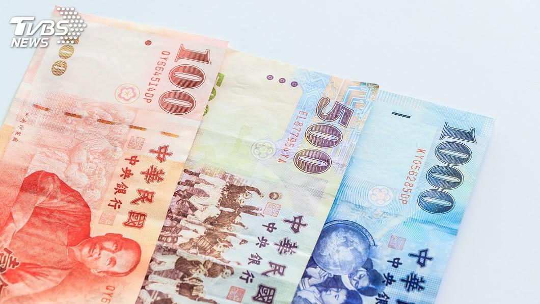 (示意圖/shutterstock 達志影像) 新台幣強勁走升 中經院估本季平均匯率29.46元