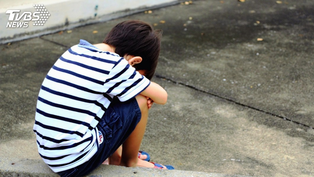 示意圖/TVBS 家扶調查:4成民眾憂通報兒虐身分會曝光