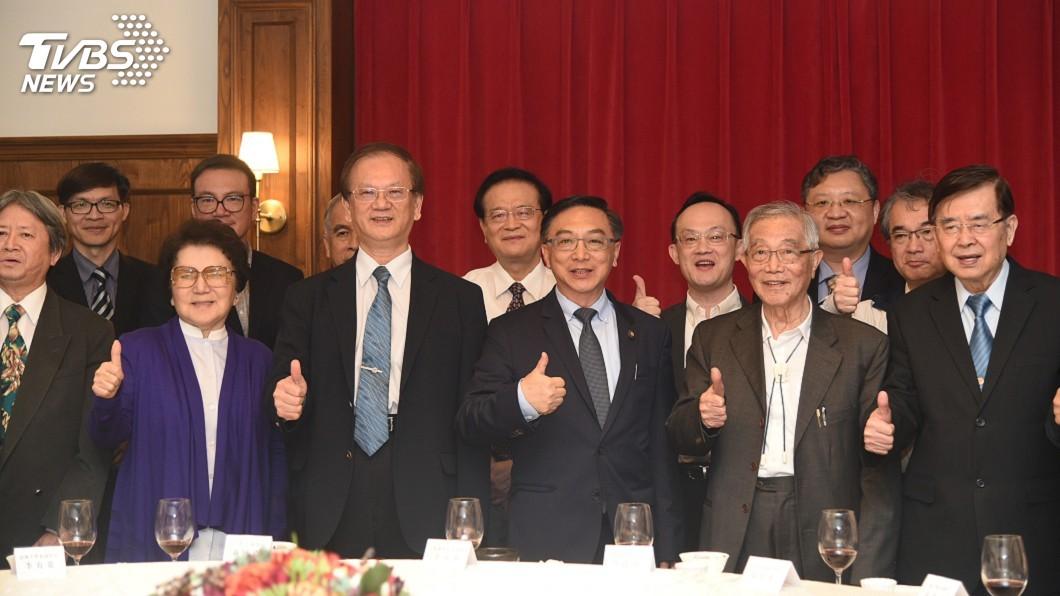 圖/中央社 高雄市長選舉 陳宜民要選、韓國瑜要評估