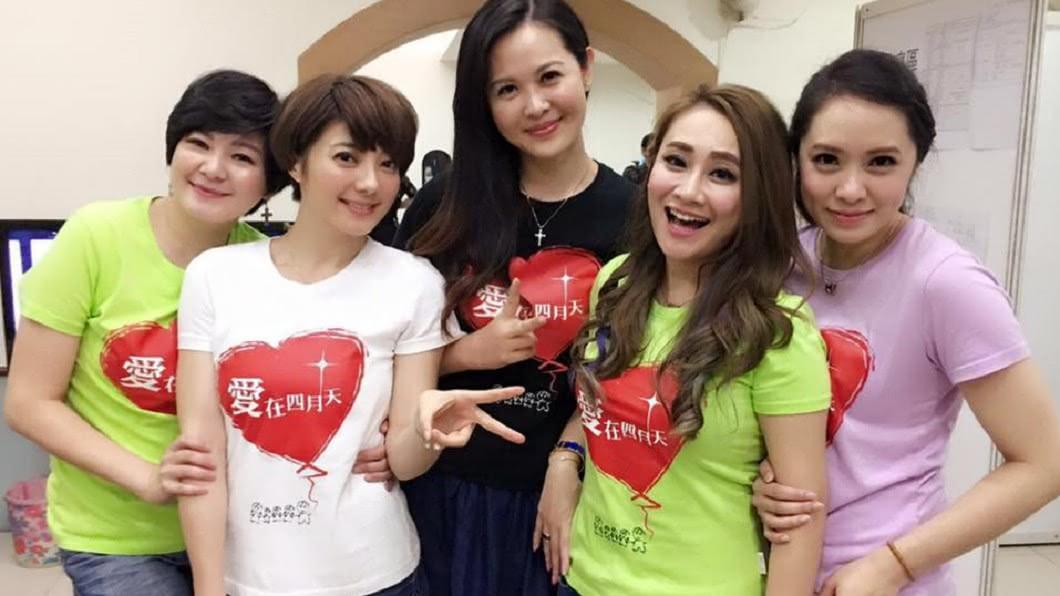 秀琴和Vicky同為演藝圈大嫂團成員。圖/翻攝自Vicky臉書
