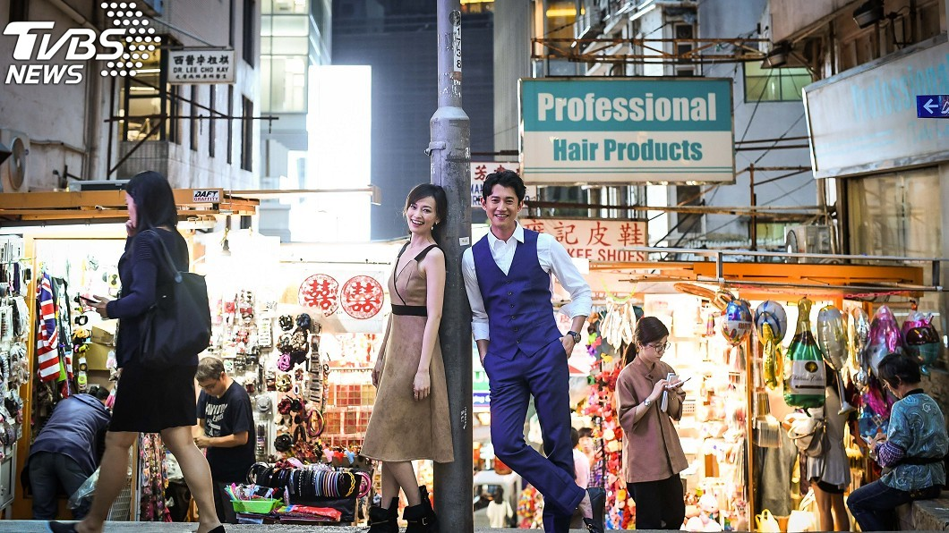 吳慷仁香港街頭拍婚紗? 驚喜遭路人認出