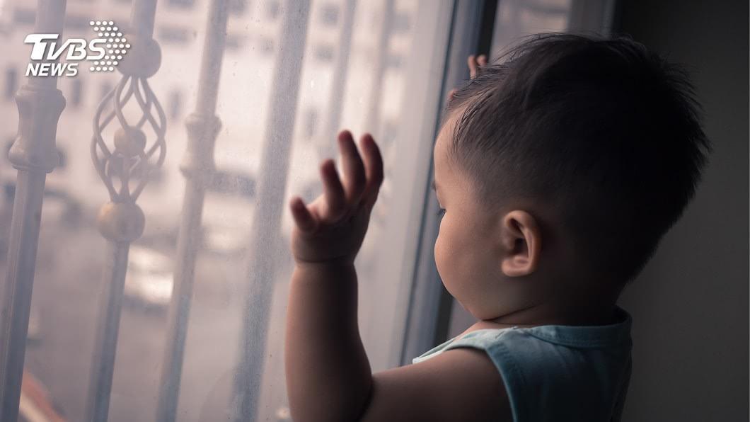 自閉症孩童需要更多關心。示意圖/TVBS 自閉兒坐推車出門!路人酸「不要臉」 母哭求:當沒看到