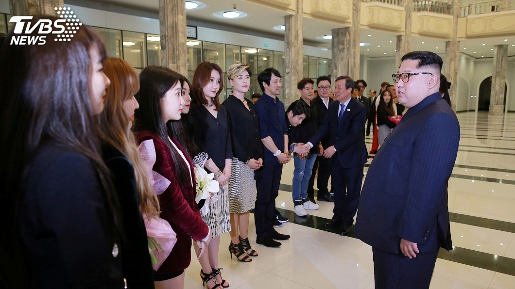 圖/達志影像路透社 觀賞南韓藝術團表演 金正恩興致盎然