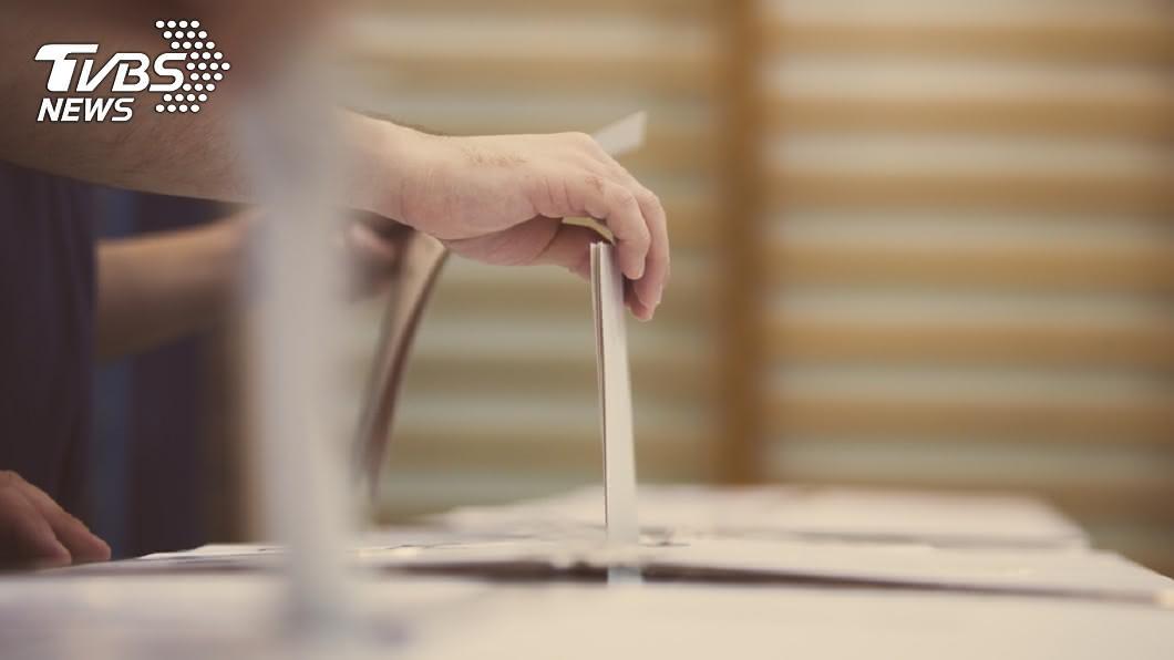 示意圖/TVBS 快訊/網傳高市長補選電腦計票作票 中選會:假消息