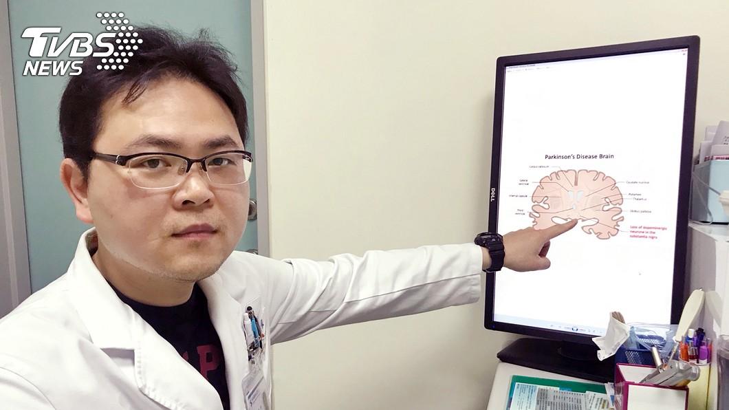 圖/中央社 誤當脊椎問題 就醫才發現帕金森氏症