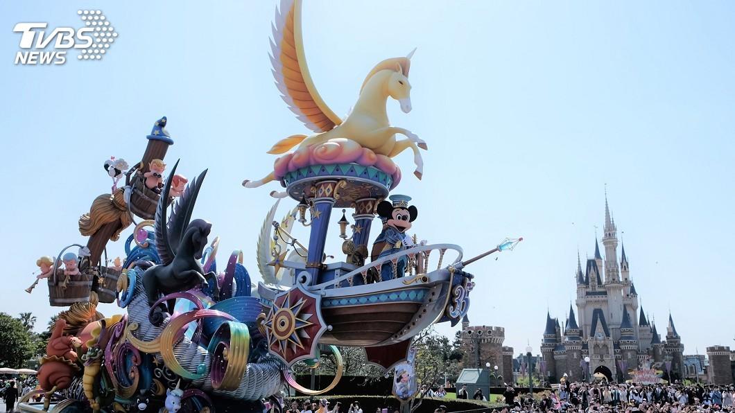 圖/中央社 東京迪士尼慶祝35週年 全新日間遊行登場