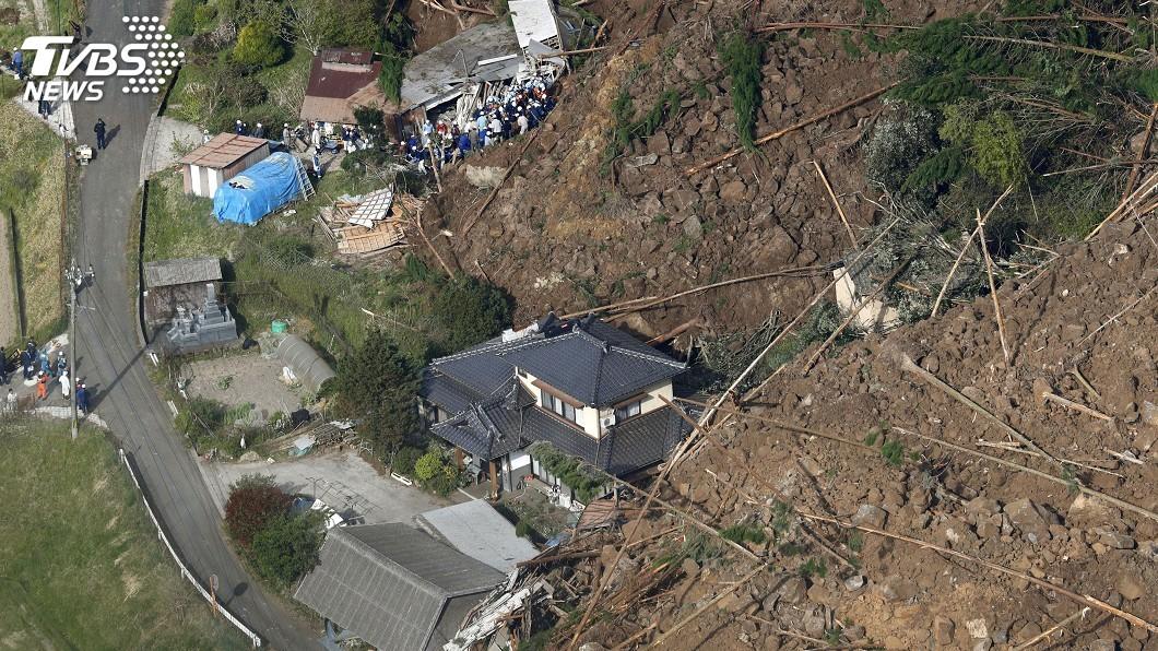 圖/達志影像路透社 日本大分縣3棟民宅遭掩埋 1死5失蹤