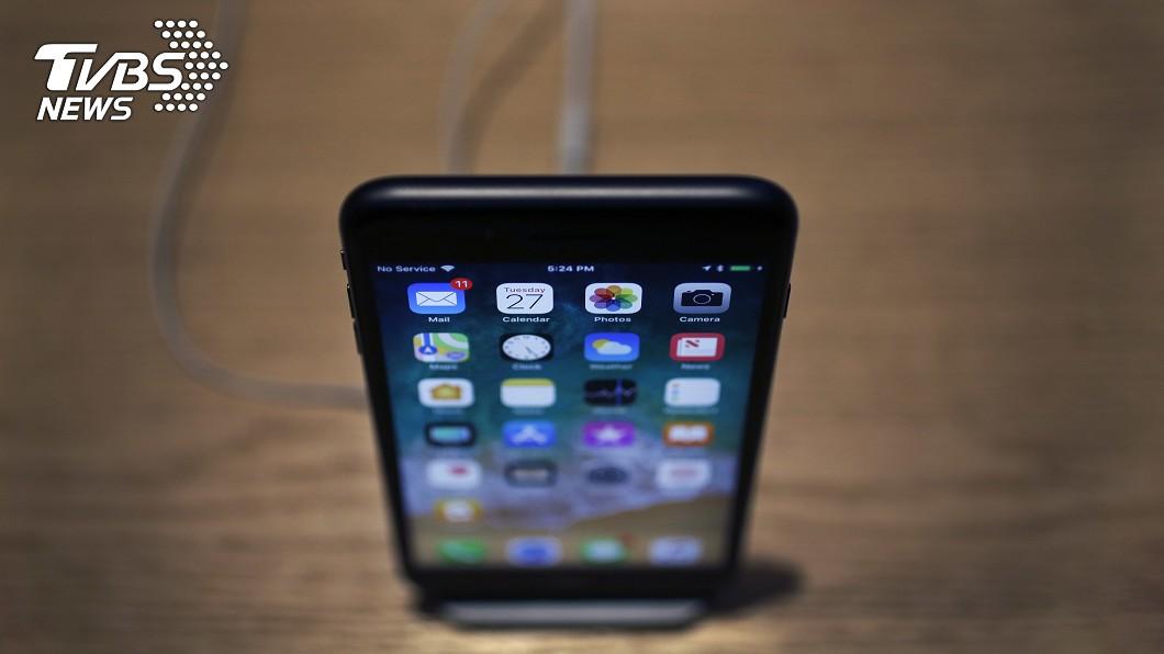 圖/達志影像美聯社 iPhone新款OLED 傳5月量產6月倍增