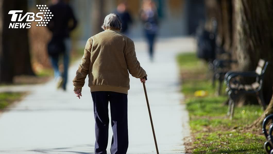 示意圖,與本文無關。圖/TVBS 鼻酸!87歲拾荒嬤苦籌罰金 監獄呆等吸毒兒