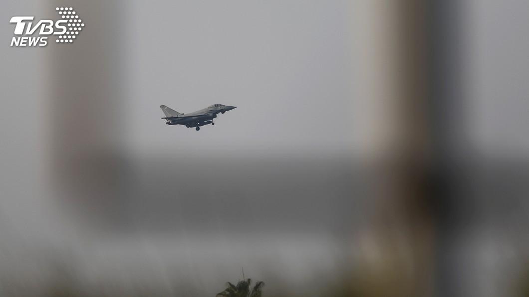 圖/達志影像路透社 攻擊敘利亞化武設施 美國防部照片顯示成功