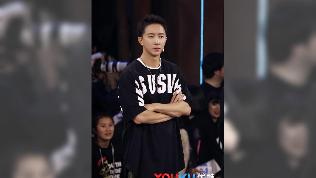 韓庚已第2度向節目組表達抗議。(圖/翻攝自《這!就是街舞》微博 )