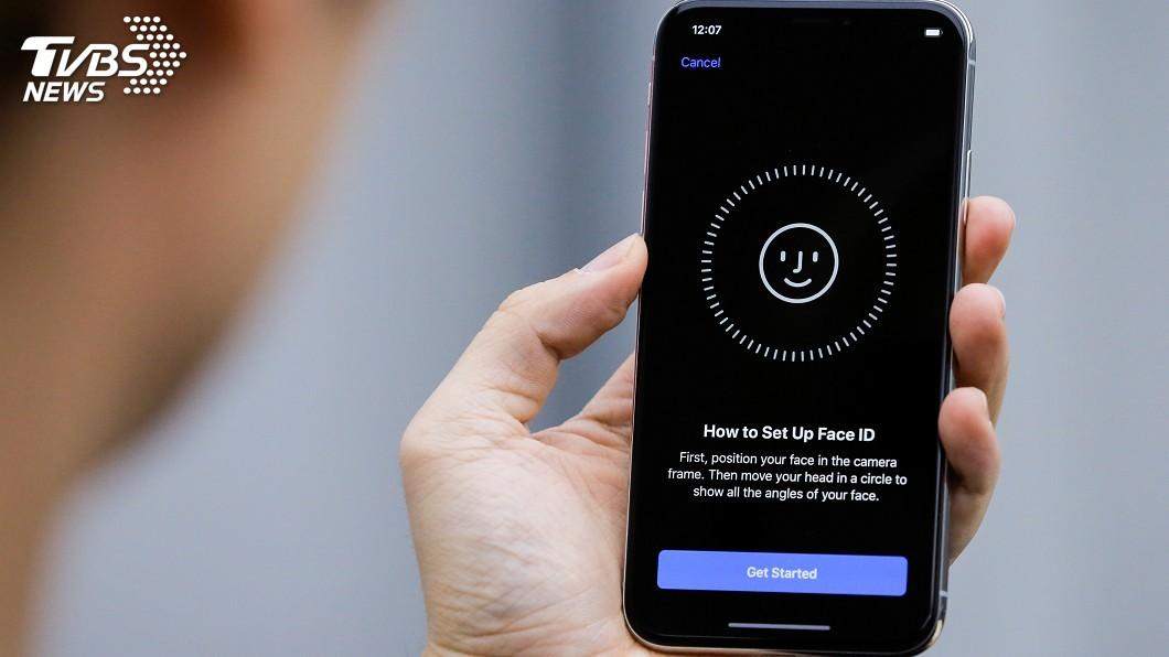 圖/達志影像路透社 iPhone新3款傳同步推出 臉部辨識當家
