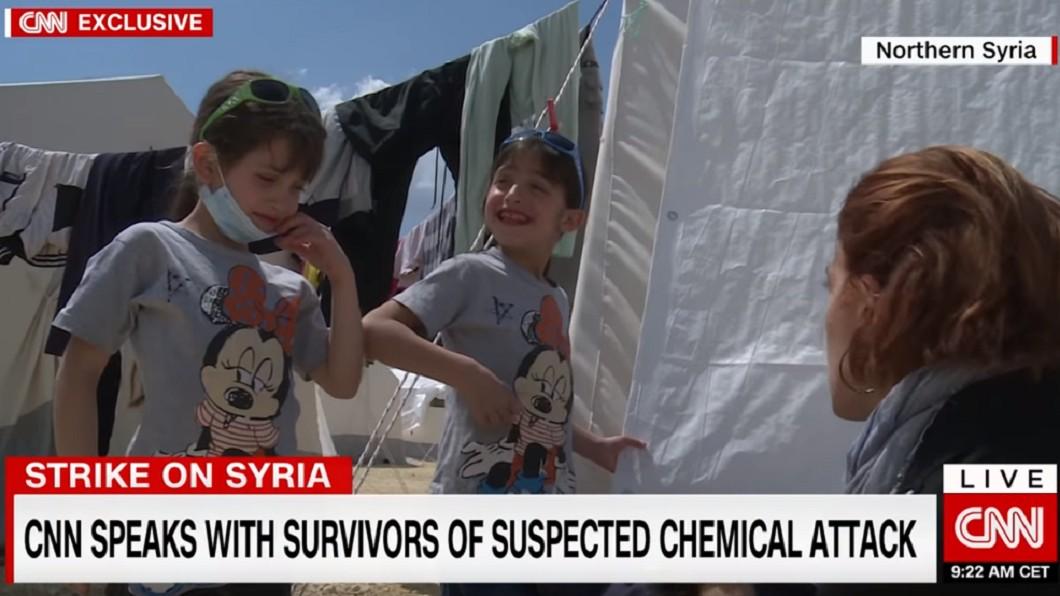 圖/翻攝CNN 看著屍體長大!敘利亞遭「化武攻擊」體內瞬間像被抽光