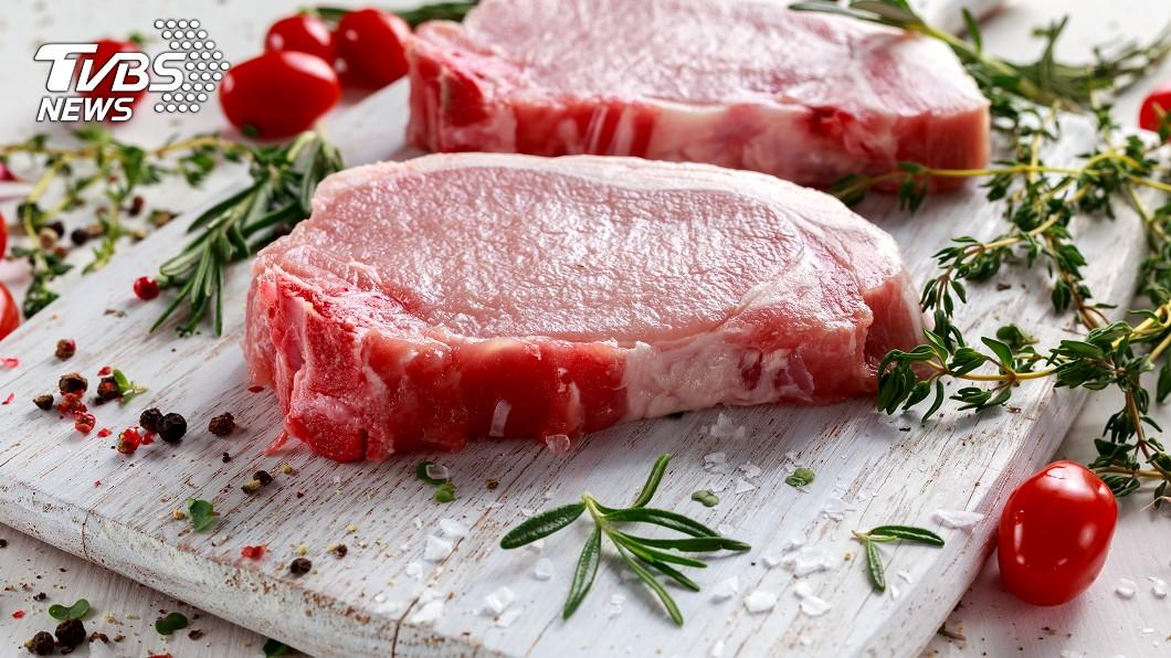示意圖,與本事件人物無關。(圖/TVBS) 吃沒熟豬肉!X光照全身竄「白點」 竟是百隻寄生蟲