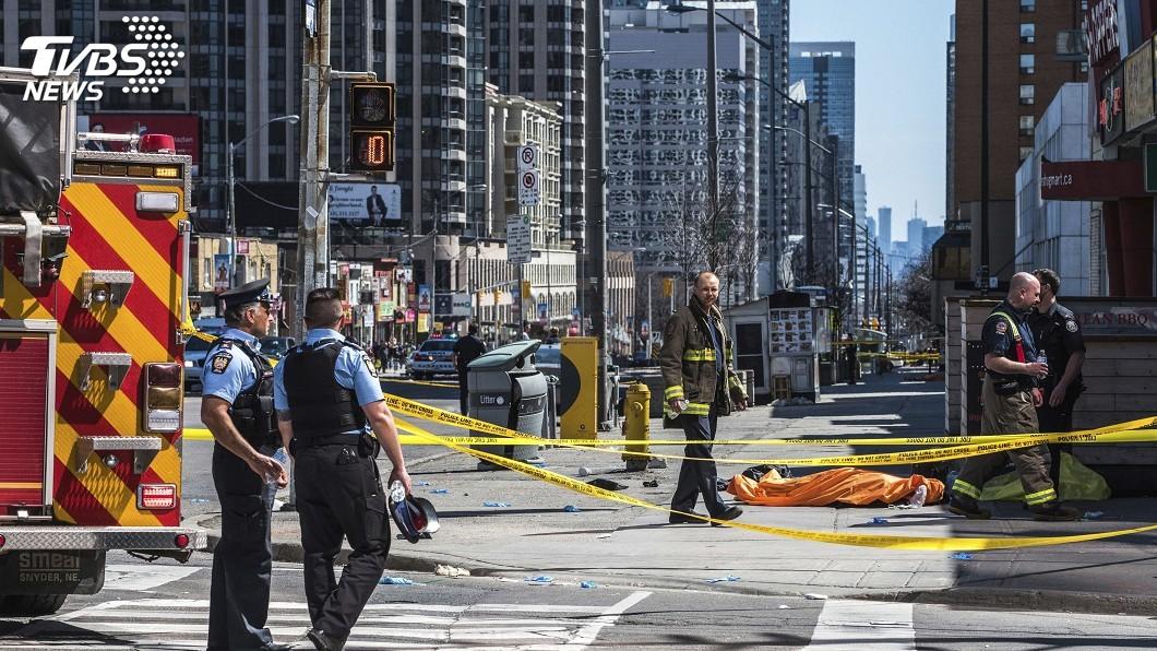 圖/達志影像美聯社 多倫多廂型車衝撞10死15傷 有華裔傷亡
