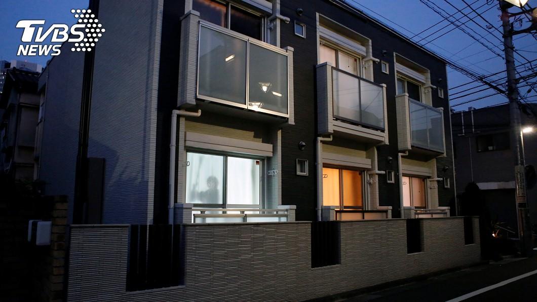 日本租屋公司推出「窗上男人」系統。圖/達志影像路透社 狂!日本租屋公司推「窗上男人」 單身女子安心住