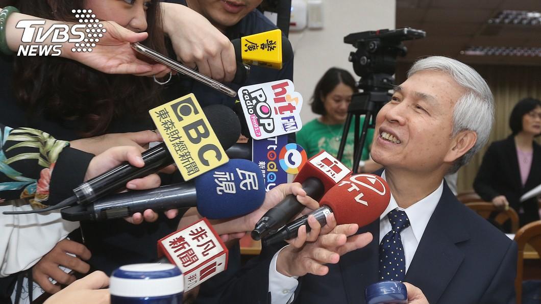 圖/中央社 楊金龍:相較主要國家 台灣負利率仍屬適中