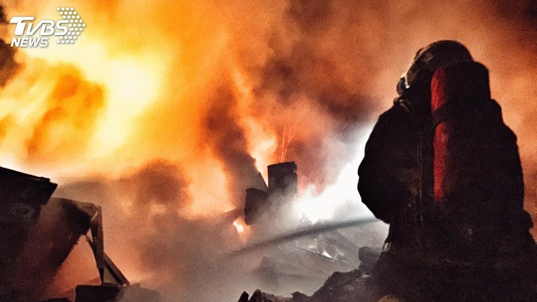 消防員多次面臨生死一瞬間。圖/蔡易霖提供