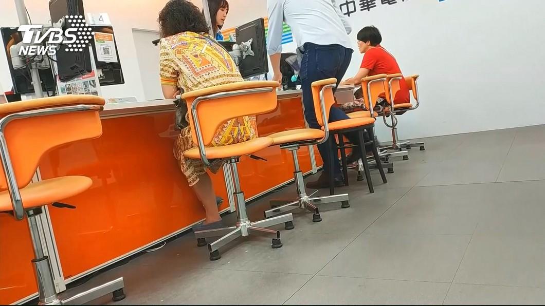 圖/TVBS 499吃到飽網傳違約金計算機 電信業者這樣看