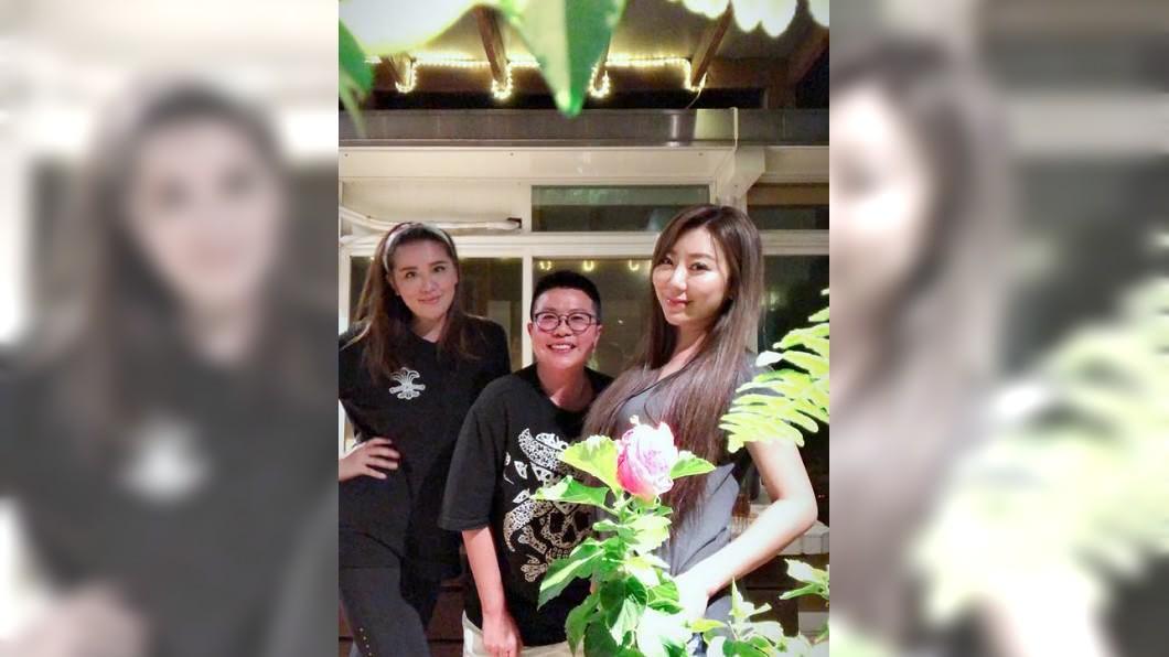 小禎昨日與好姊妹聚餐照PO在臉書上。圖/翻攝臉書