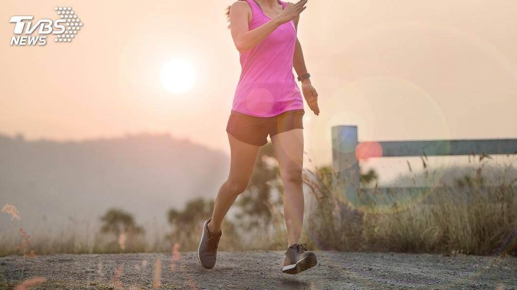 示意圖,非當事人/TVBS 36歲女子生理期前跑步 竟全身失血一半險送命