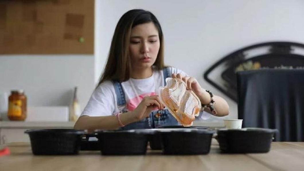 龔奕萌說,未來交男友的條件,就是不要跟她搶東西吃。(圖/翻攝自雪花新聞)