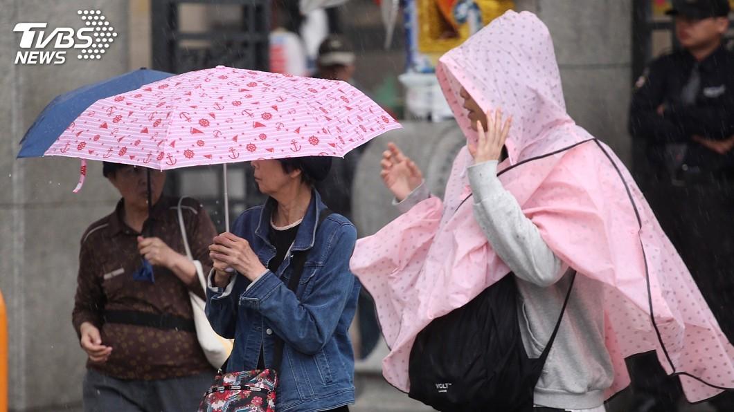 圖/中央社 午後雷雨增多!新北這3區小心冰雹 下週恐有颱風生成