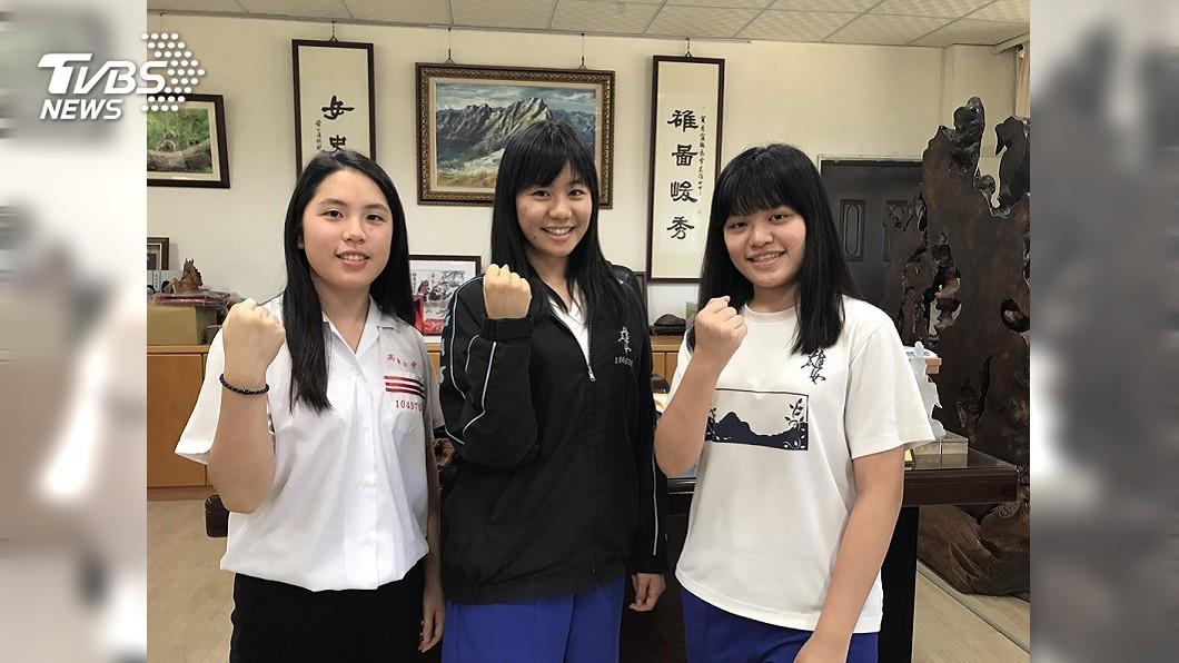 圖/中央社 無人申請台大醫科 雄女高材生:對台灣大學養成沒信心