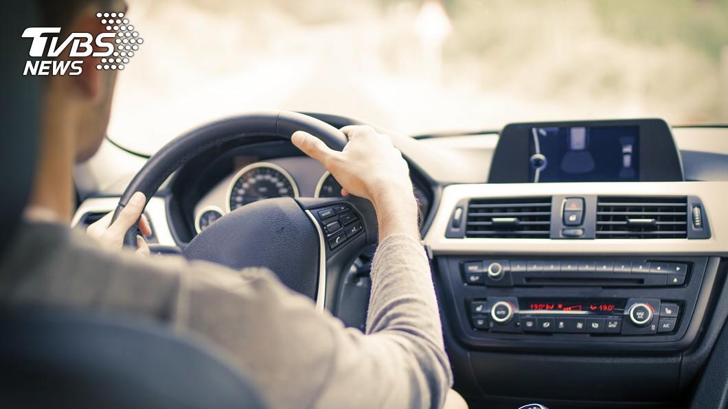 示意圖/TVBS 女遭變態司機騷擾 反鎖車門問「500讓我摸一摸」