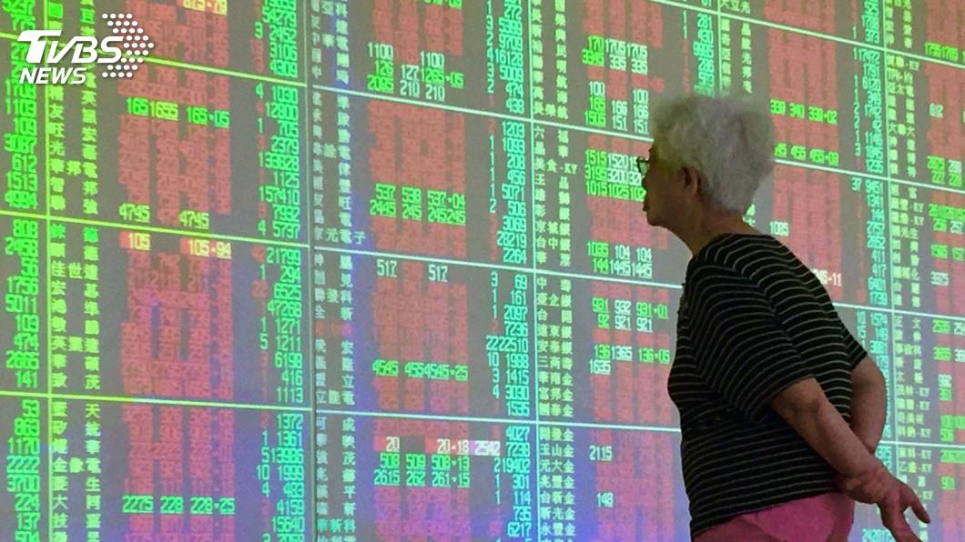 圖/中央社資料畫面 台股收漲359點 突破9600點關卡