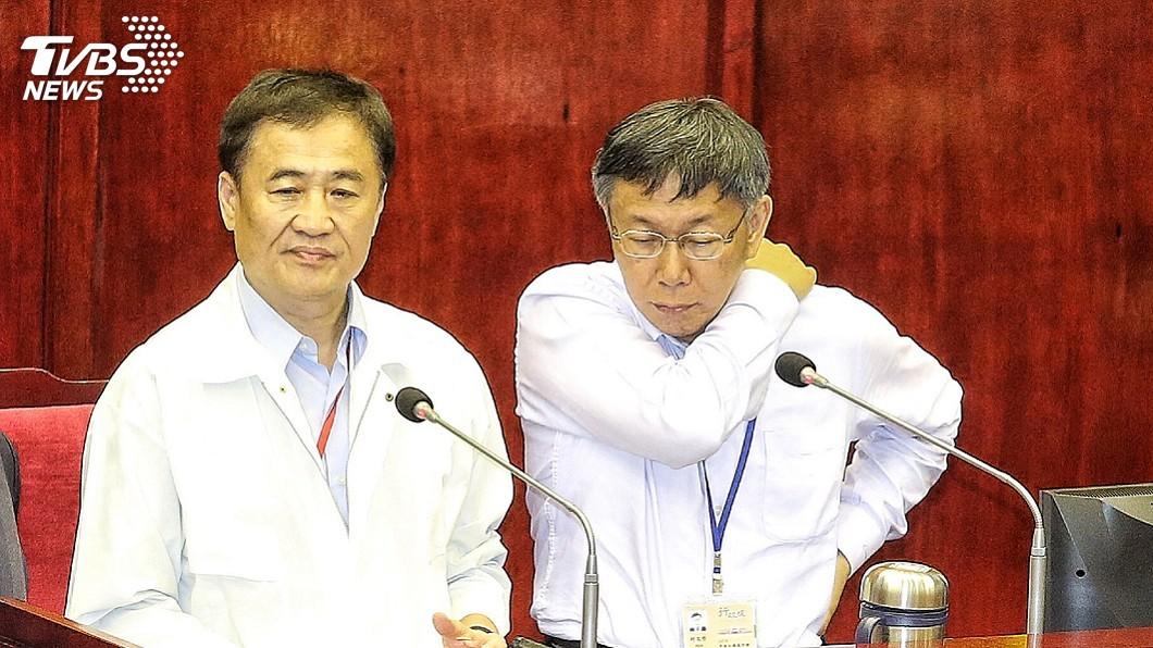 圖/中央社 陳景峻已口頭辭職 柯文哲:還是希望他留任