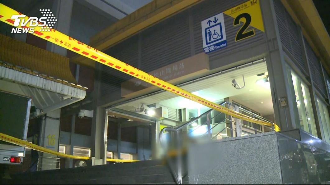 圖/TVBS 捷運站維修!撐高器滑百斤閘門壓 釀1死