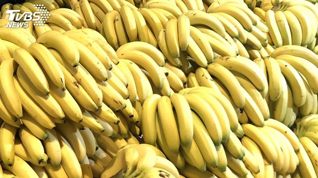 圖/中央社 香蕉一公斤剩5元 義美霸氣以3倍價收購100公噸