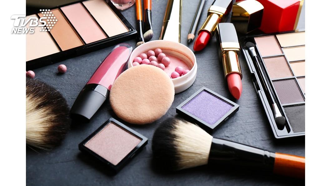 示意圖/TVBS 食藥署明訂彩妝品禁含石綿 14年來從未抽驗