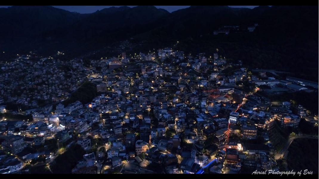 水金九的絕美夜景。圖/Eric Lin授權使用