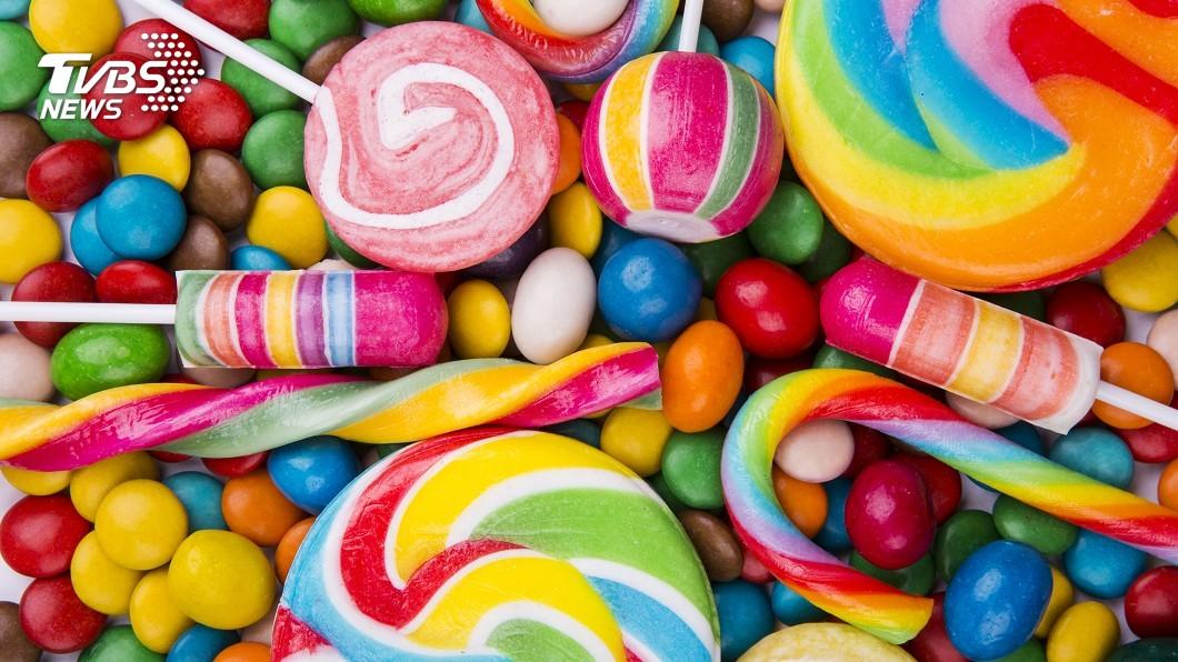 示意圖/TVBS 用於糖果著色 法國明年起禁用二氧化鈦