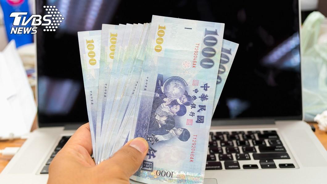 示意圖/TVBS 月薪年增連5月逾2% 主計處:廠商調薪趨積極