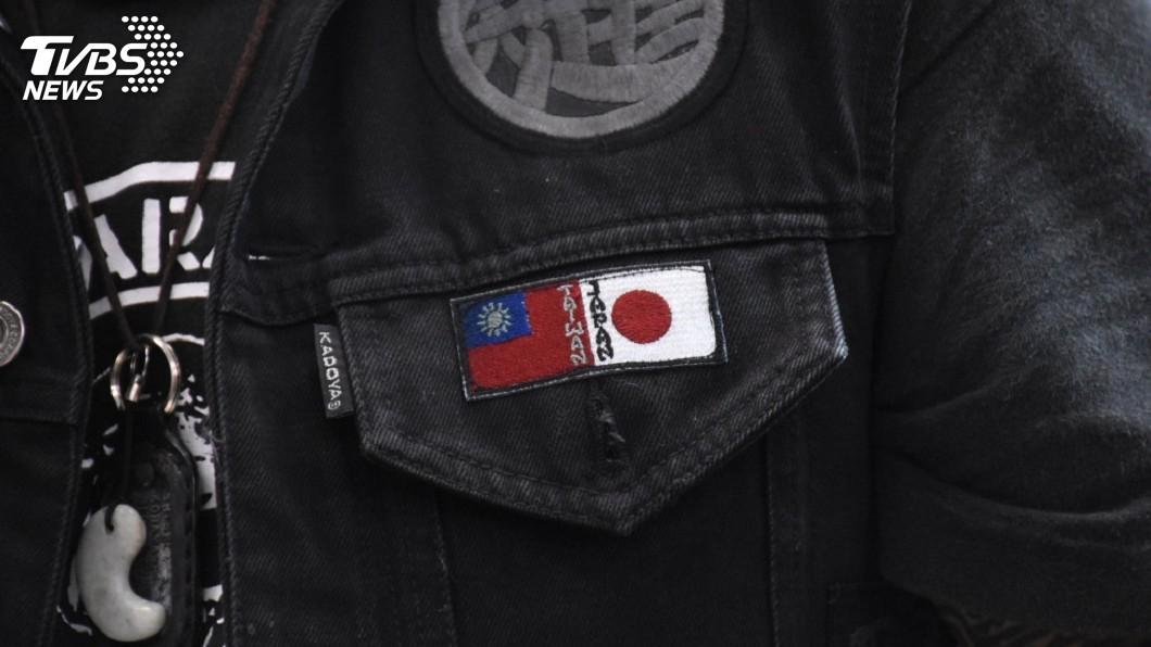小林晉平的特製外套。圖/花蓮市公所提供