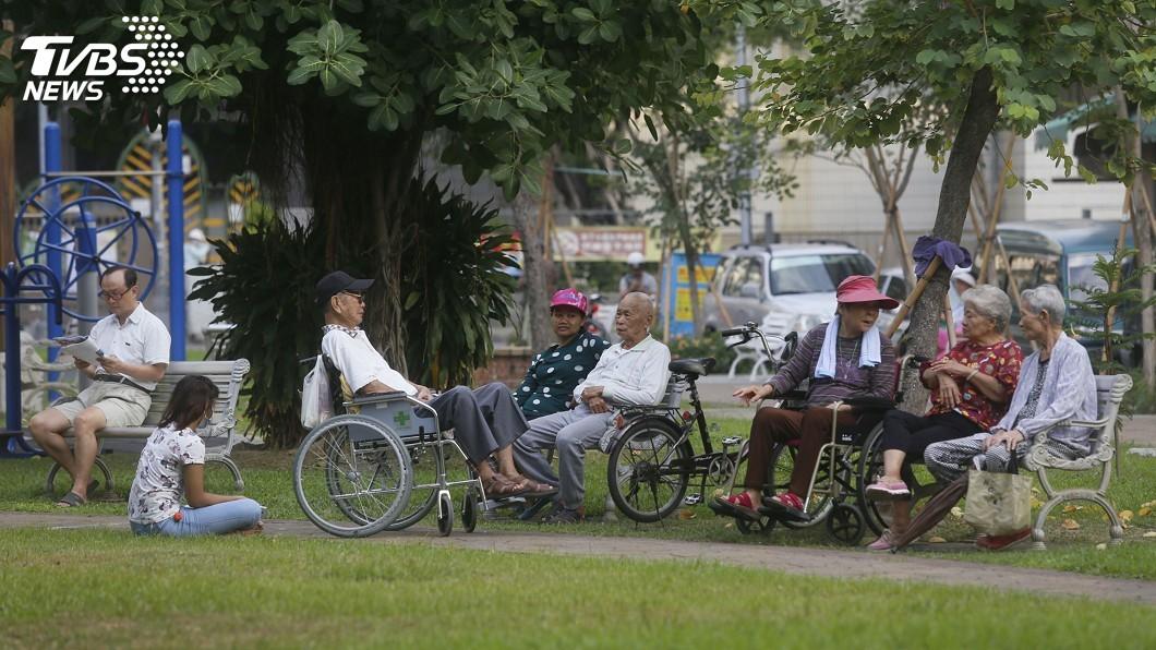 圖/中央社 看護移工休息日休24小時 工會將向勞部爭取