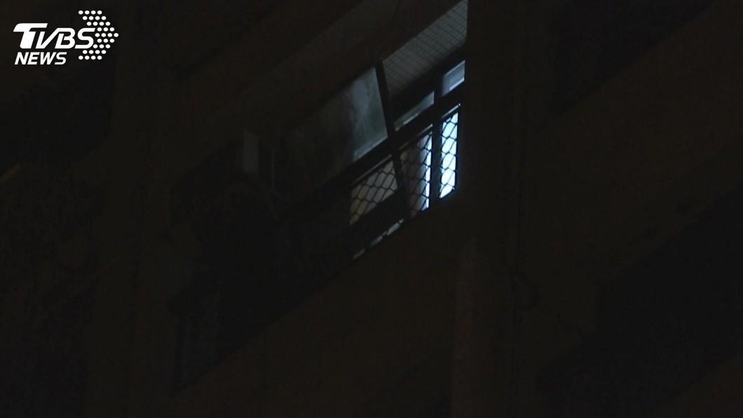 7旬婦人因受不了長期失眠,選擇跳樓輕生。(示意圖/TVBS) 長期失眠又沒掛到號 7旬婦從頂樓跳下輕生