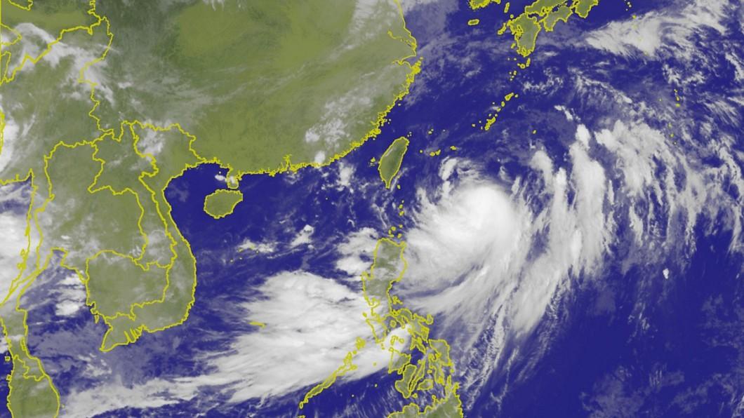 圖/中央氣象局 艾維尼減弱為熱帶低壓 未來一週降雨機率高