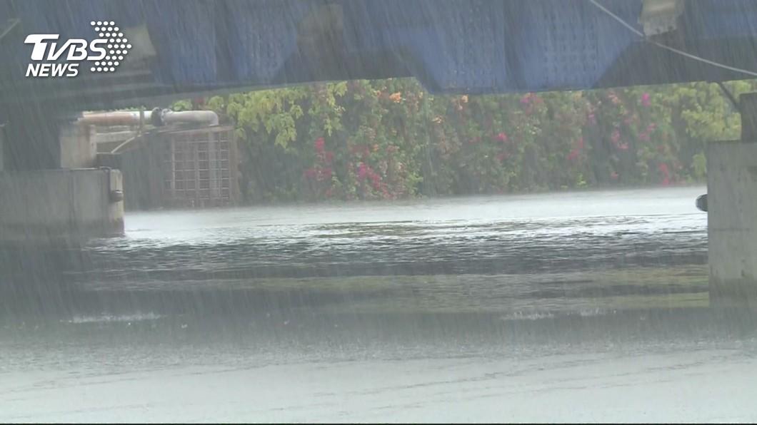 圖/TVBS 高雄嘉義累積雨量皆逾200毫米 那瑪夏第一名