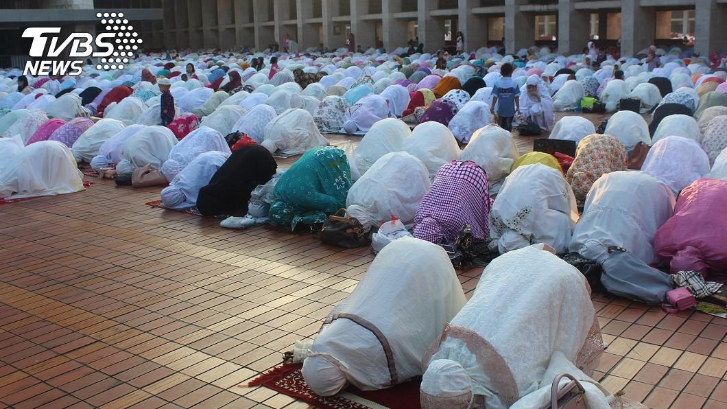 圖/中央社 印尼穆斯林慶開齋節 反省感恩迎新年