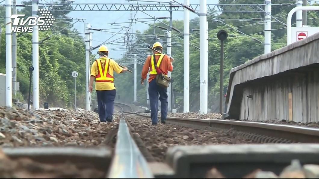 示意圖/TVBS 通勤族急跳腳!台鐵號誌故障 列車延誤影響逾2萬人