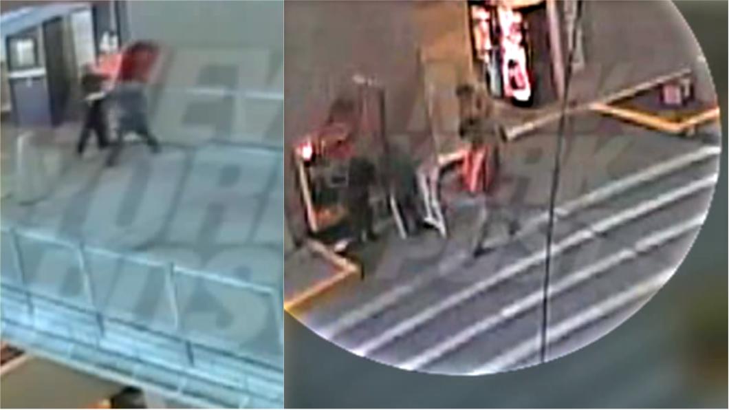 圖/翻攝自紐約郵報YouTube 屁孩4樓丟購物車 婦人被砸中腦損獲賠13億