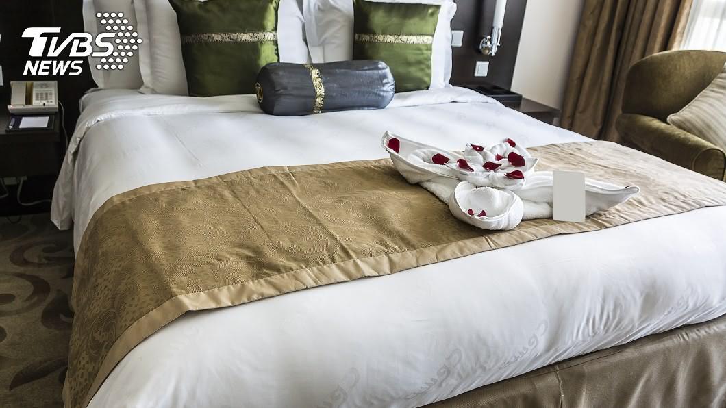示意圖/TVBS 飯店床尾多一塊布?「隱藏功能」曝光 網衝擊:從沒想過